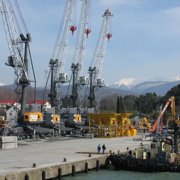 Строительство грузового порта г.Сочи